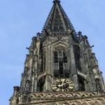 In diesen Körben an der Lambertikirche wurden die Leichen der im Jahr 1536 hingerichteten Wiedertäufer aufgehangen. Bei den Wiedertäufern handelte es sich um religiöse Fanatiker.