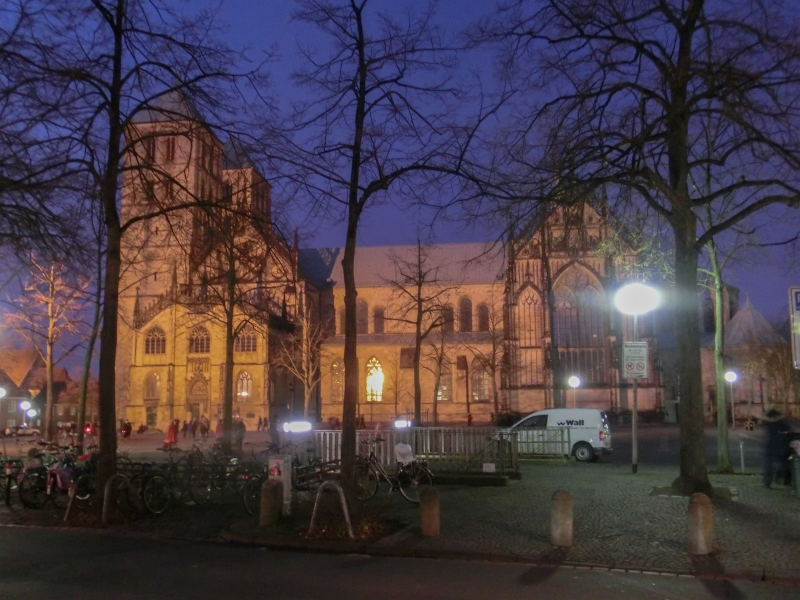 Der Dom zu Münster bei Nacht